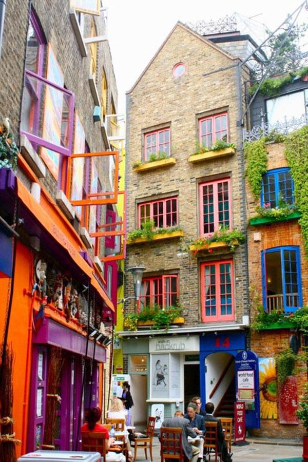 Neal's-Yard-London