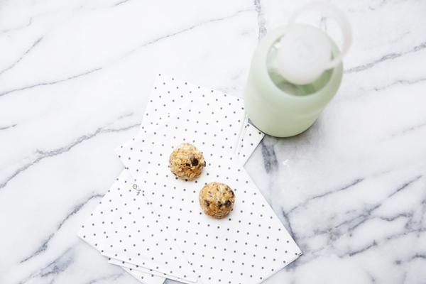 No Bake Energy Bites Recipe | La La Lovely