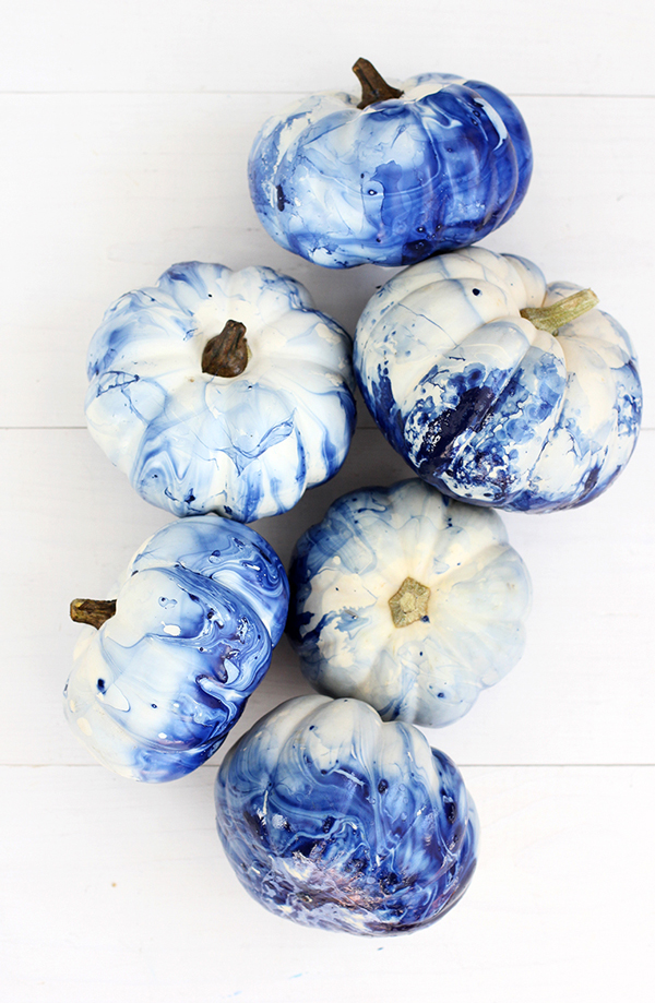 diy-marbled-indigo-pumpkins-6