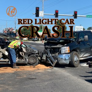 red light car crash - LA LAW personal injury lawyers