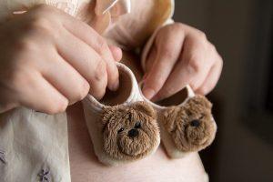 תחילת הריון מאפיינת במיחושים שונים שמהווים מעין 'רשימת תסמינים' של מחלות שונות.