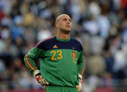 hot spanish player of the day pepe reina liverpool la liga for ladies