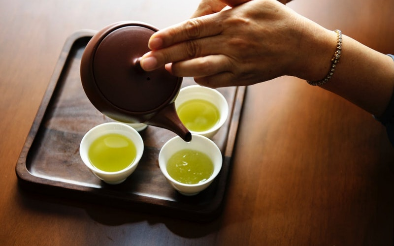 green tea has many benefits and 4 to 5 cups must be taken per week