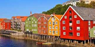 norway houses river