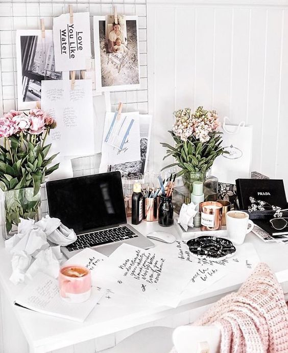 desk inspiration - Lallasmind