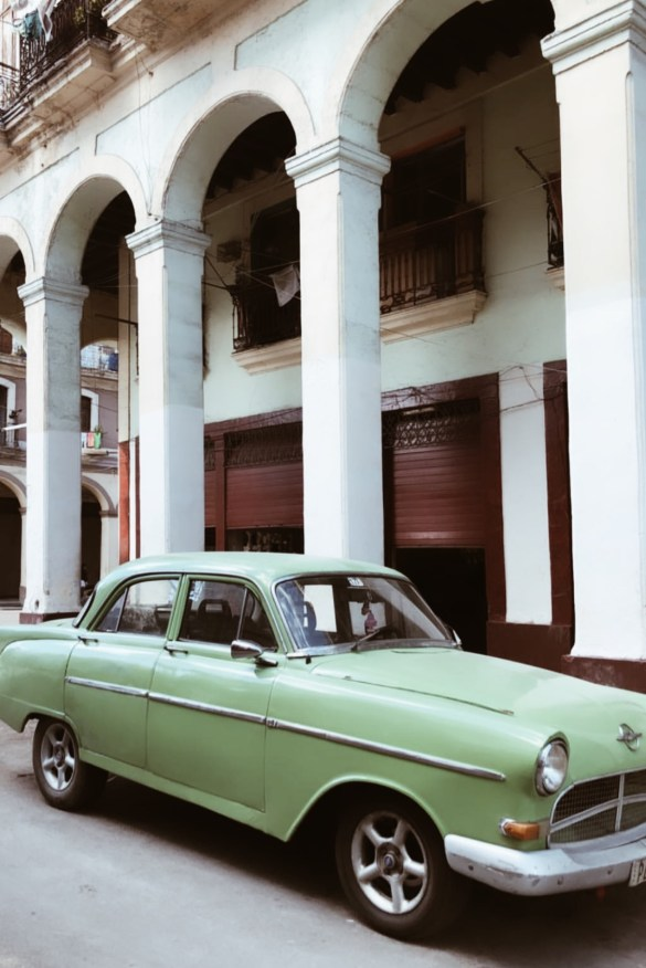 Travel with me in Cuba by Lallasmind