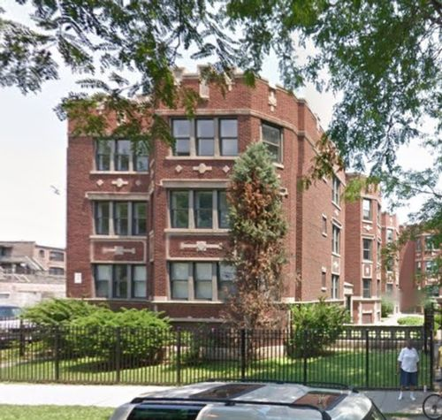 24-Unit Building South Shore Area Of Chicago IL. Only $397K