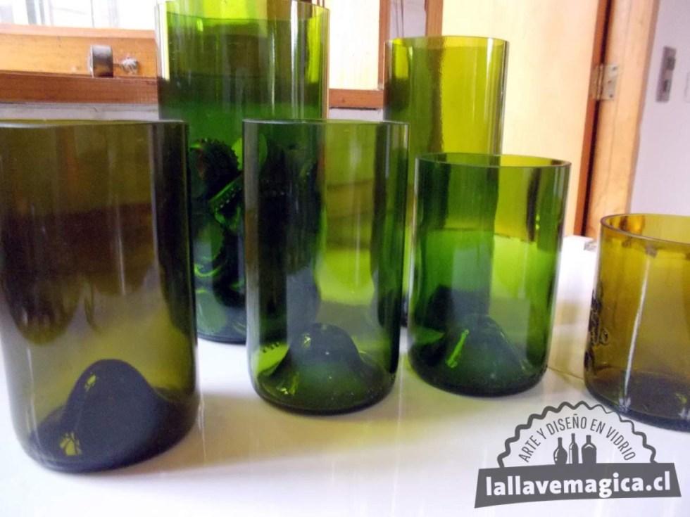 Vasos de botellas de vino