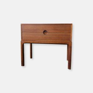 Table de nuit ou petite commode par Aksel Kjersgaard