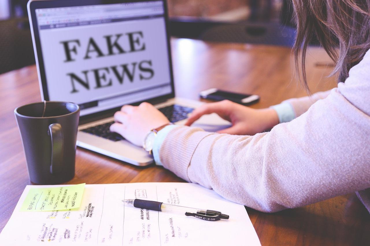 fake news 4881488 1280