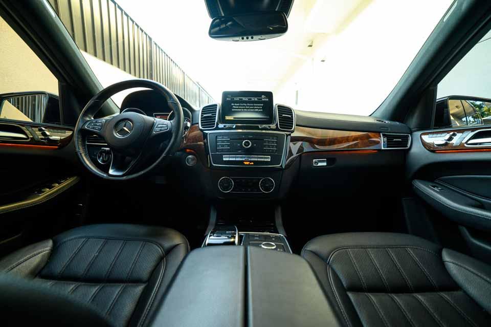 2019-Mercedes-GLS-450-7384