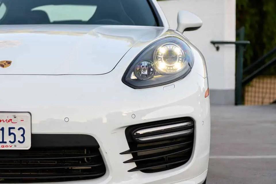 2016_Porsche_Panamera_GTS-0133