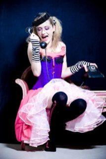robe-de-mariee-corset-violet-originale