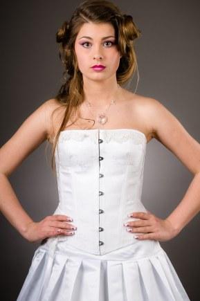robe-de-mariee-corset-boheme-jupe-plisse