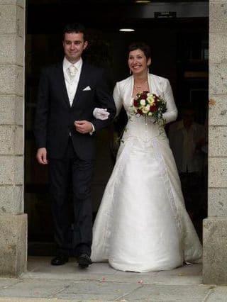 Robe de mariée sur mesure corset brodé soie
