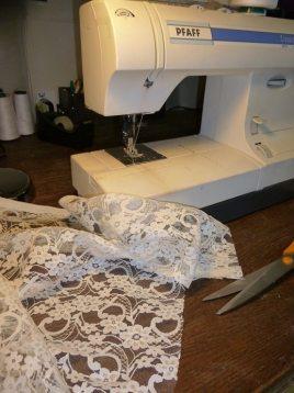 Atelier de confection de robes de mariées atelier-machine