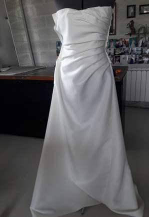 creation-robe-sur-mesure-mannequin