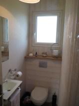 14-maison-de-laure_plouezoch_chambre-familiale-rdc-_wc-independant