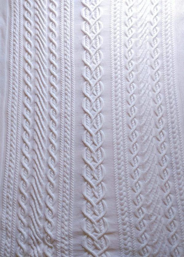 Etole femme, tricot irlandais fait main 100% coton. Pièce unique, création originale La Malle au Coton. Carré naissance assorti.