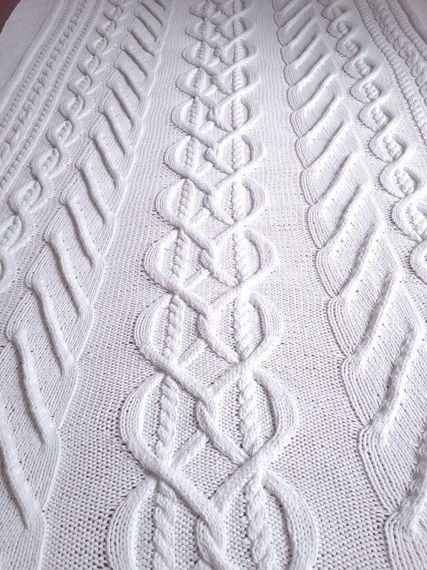 Plaid irlandais blanc, 100% coton, blanc, tricoté main. pièce unique. Création originale La Malle au Coton. M6