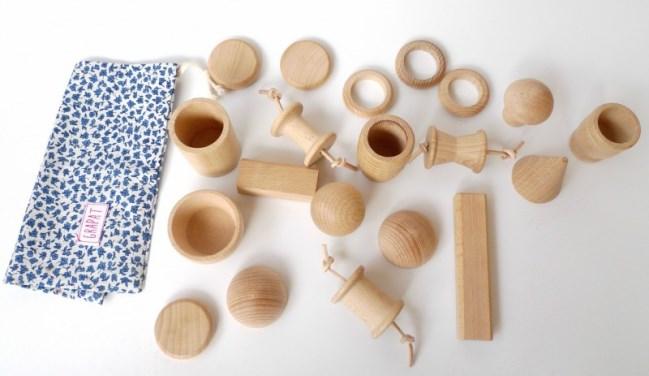 elementos-juego-madera-cesta-tesoros-1