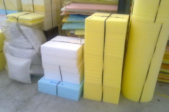 Detienen en Villarrobledo a un traficante de goma-espuma y le incautan 25.000 kilos