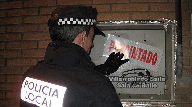 Robo en Villarrobledo, entran en una sala de baile y les quitan lo bailao