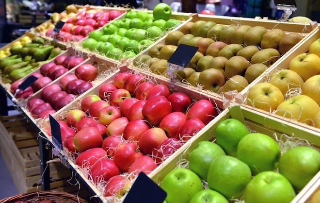 """Denuncia a un frutero en el mercado de Las Mesas por decir """"vamos señoras que hoy tengo el nabo gordo"""""""