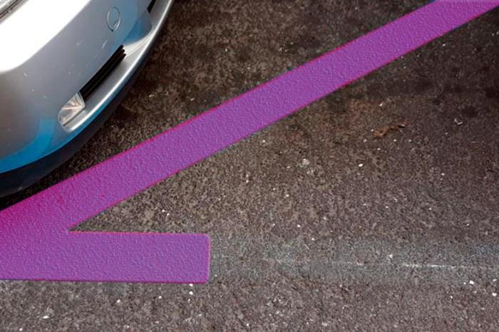 La Asociación de Mujeres que se quejan por tó, de Villarrobledo exige una zona de estacionamiento rosa, solamente para mujeres
