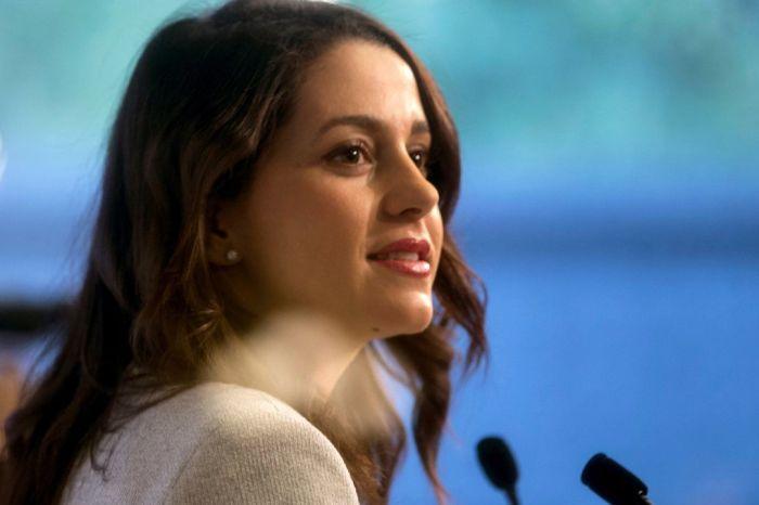 """Inés arrimadas anuncia que robará 100 kilos de Melones a untomellosero para """"ver que pasa"""""""