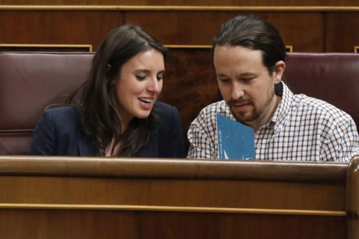 Iglesias y Montero vuelven a la polémica tras comprarse 110 fanegas de viña en Tomelloso.
