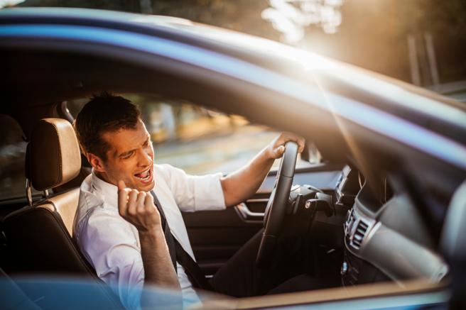La policía de la región podrá multar a los conductores que vayan escuchando reguetón en el coche.