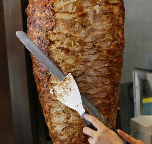 Cierran varios Kebab en La Mancha tras tener 3 meses la misma carne dando vueltas