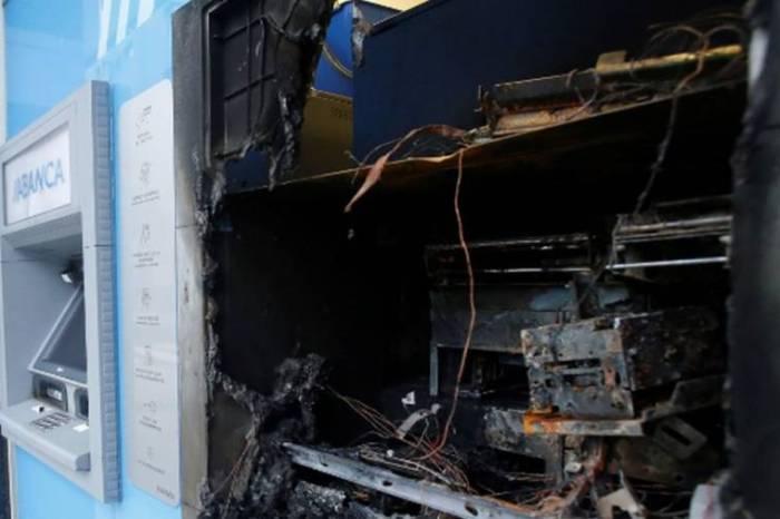 Un indigente intenta quemar un cajero en Villarrobledo para cobrar el paro durante dos años, se le olvida el mechero y el juez le obliga a trabajar