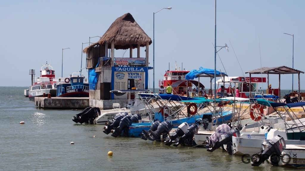 1414085361-holbox-ferry