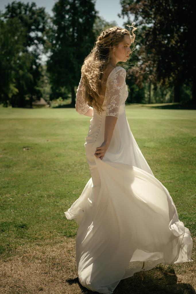 future mariée robe dentelle