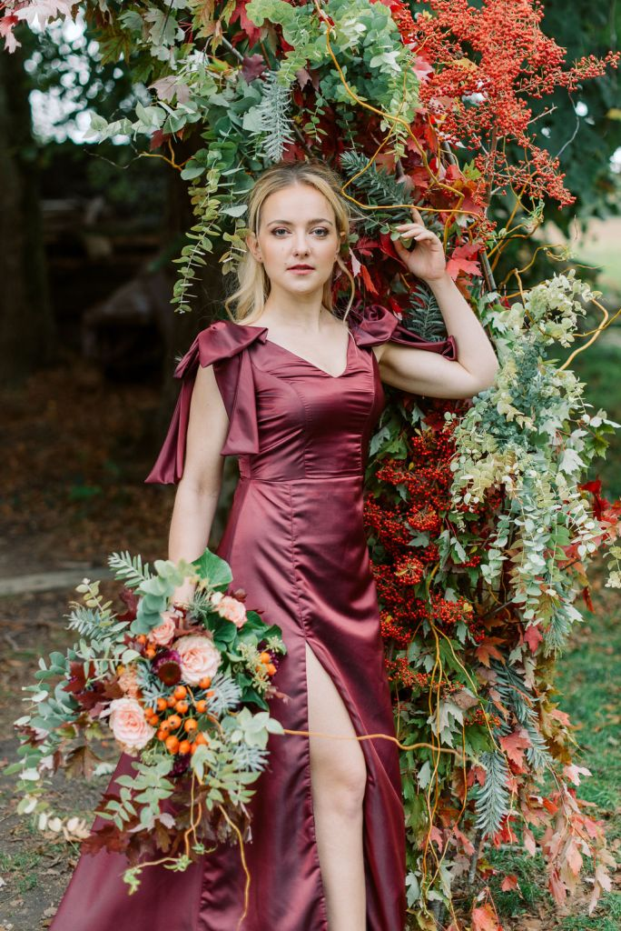 robe demoiselle d'honneur rouge foncé automne