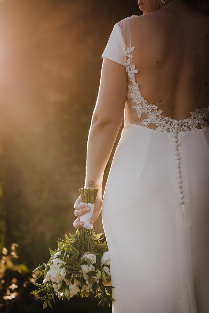 Robe de mariée dos plongeant