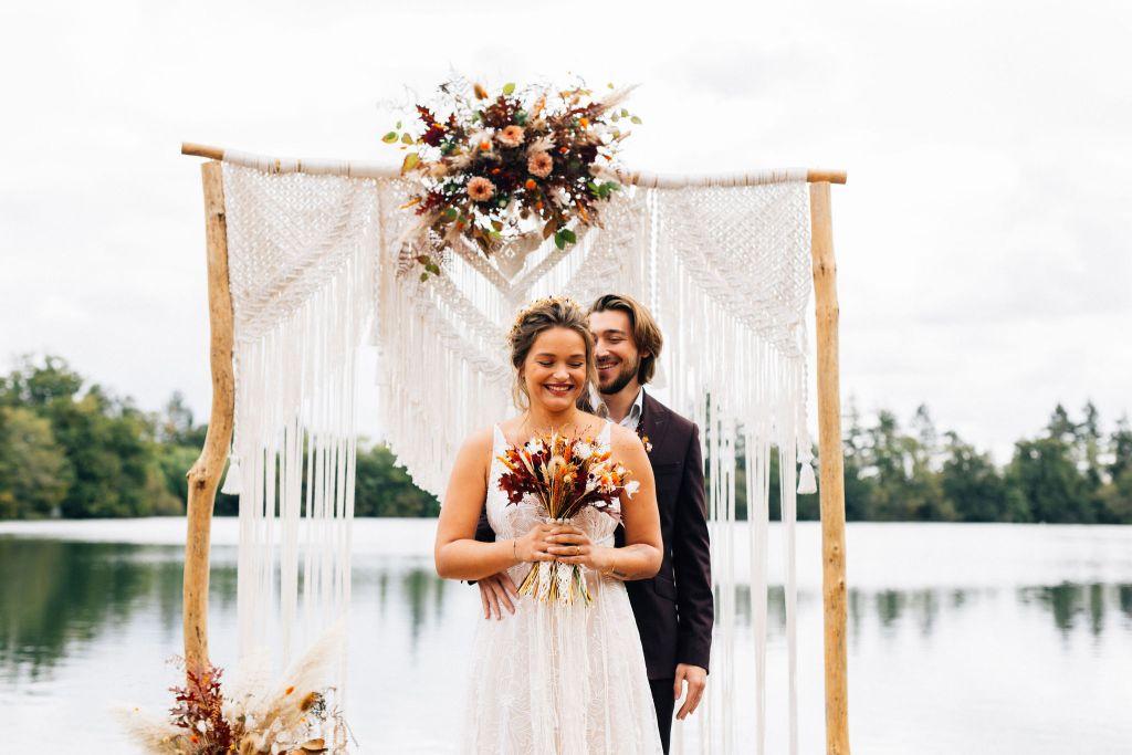 Couple de mariés gipsy bohème folk