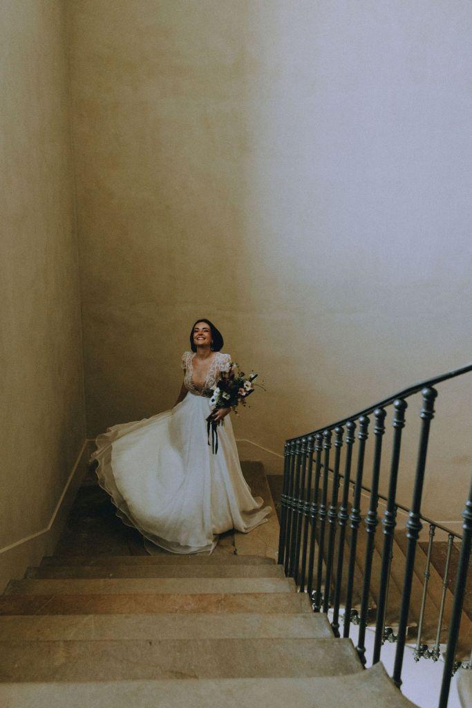 Robe de mariée fluide et rock