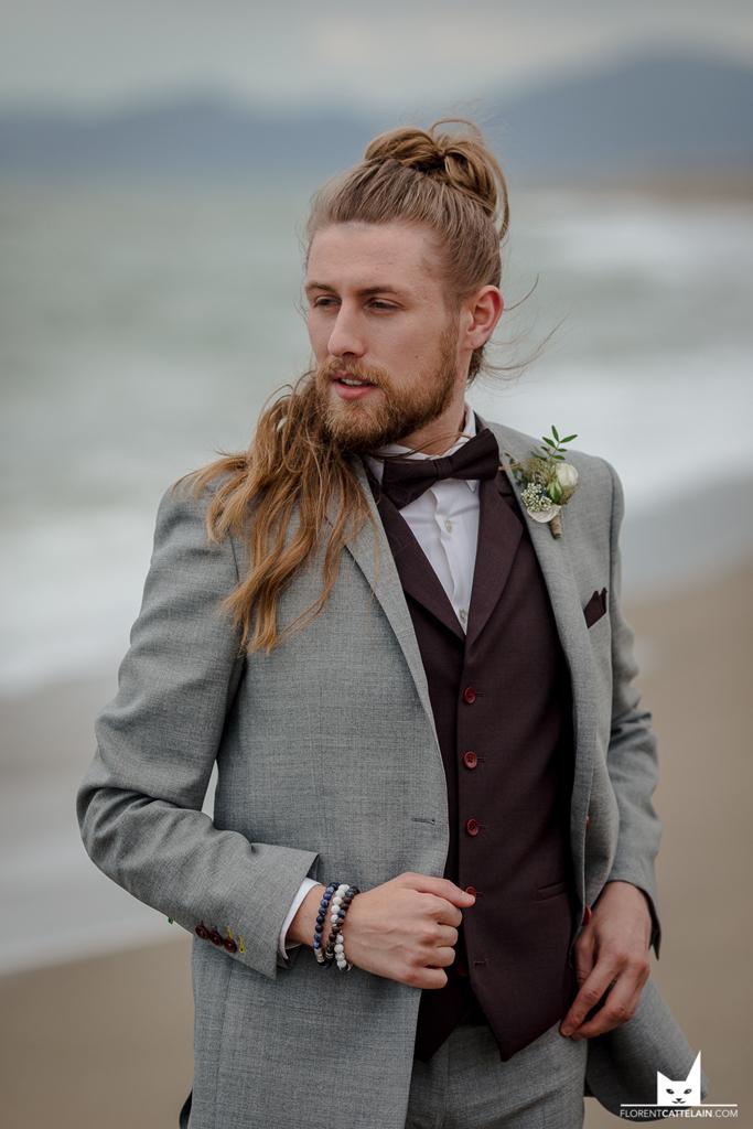 Costume de marié gris