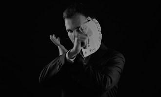 Lucas Nolan magicien