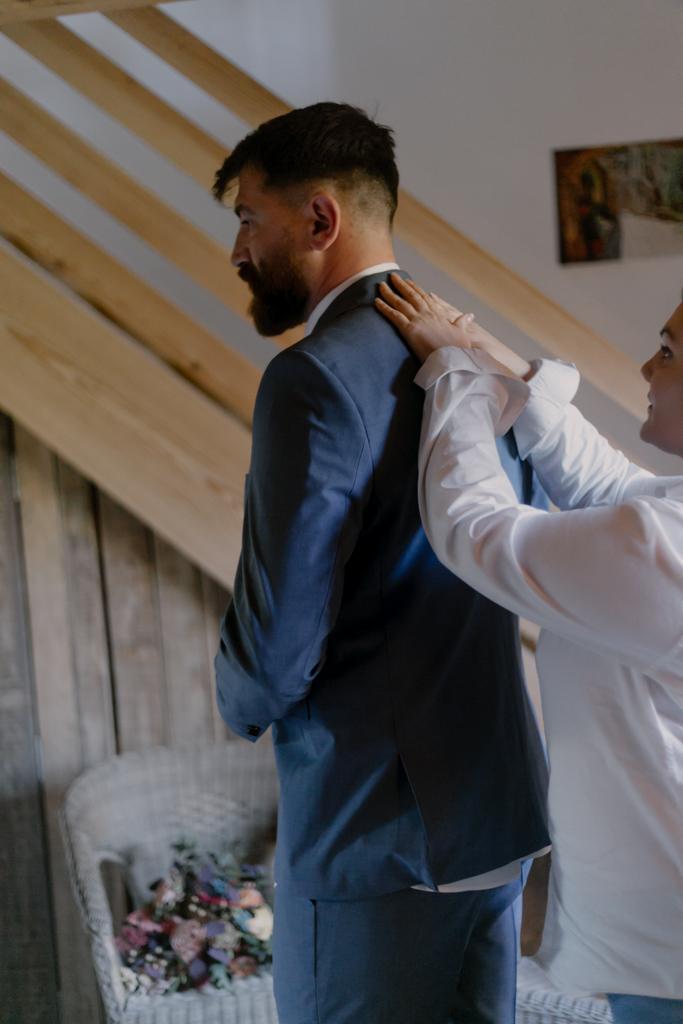 costume mariage bleu nuit
