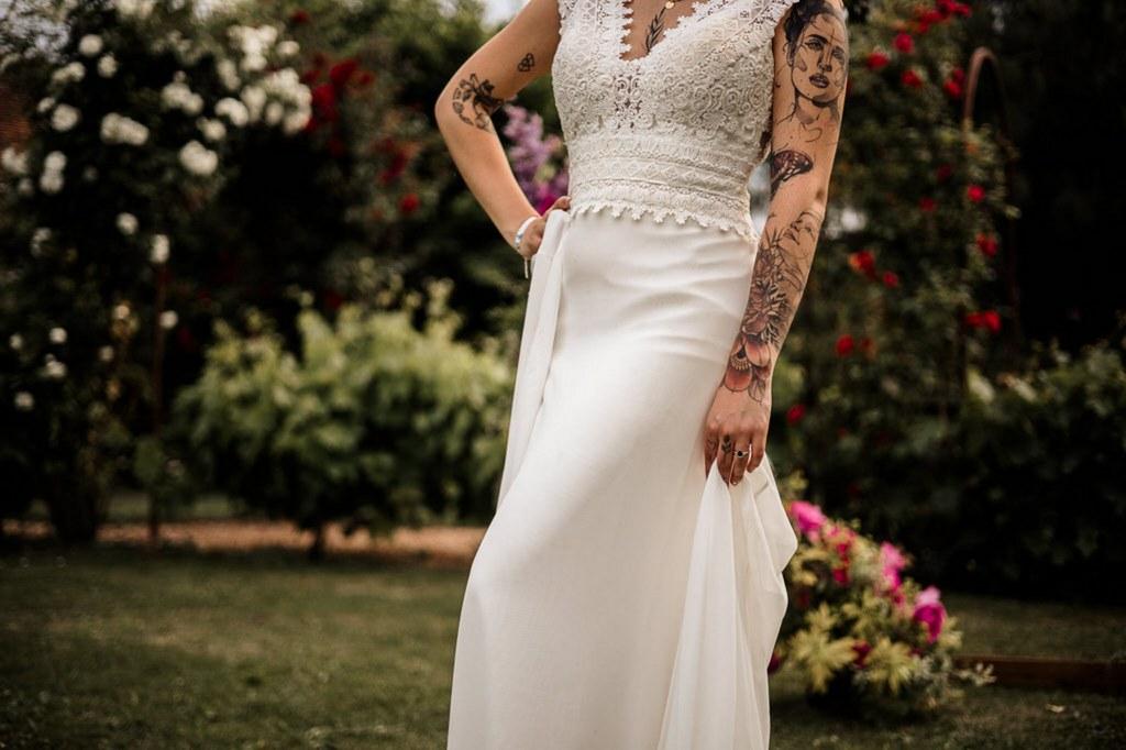 robe de mariée fluide en dentelles