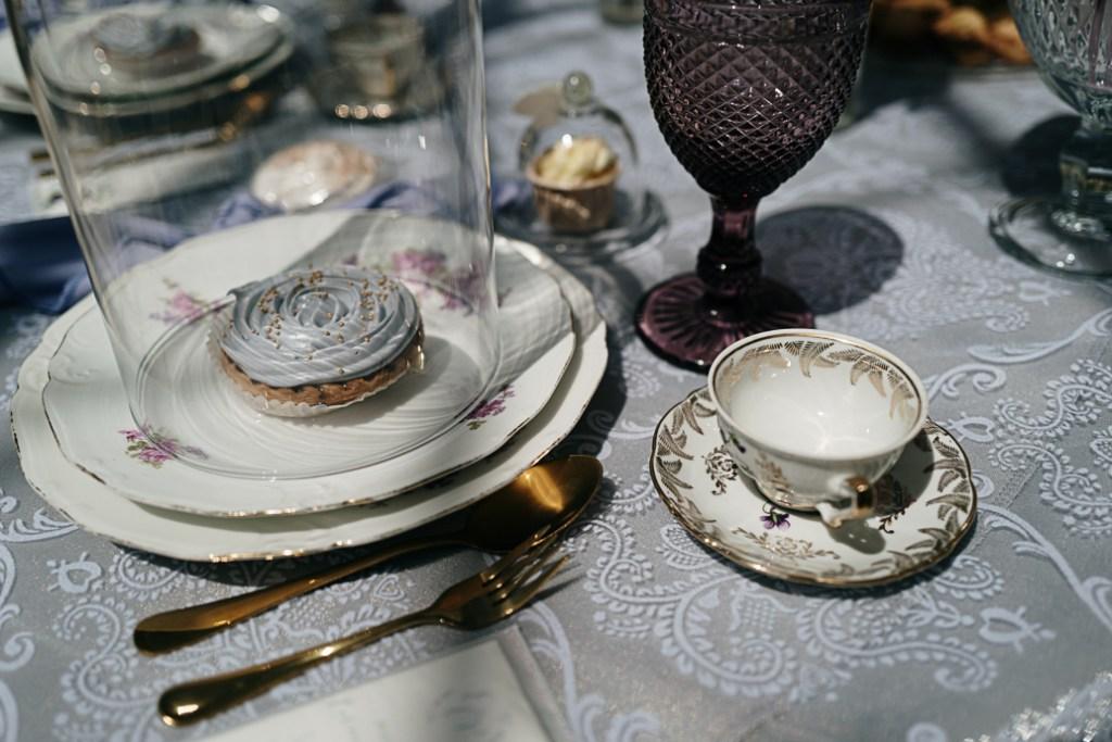 Décoration de table mariage porcelaine
