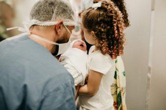 visite à la maternité
