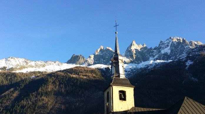 Hiver à Chamonix Mont Blanc - église de Chamonix