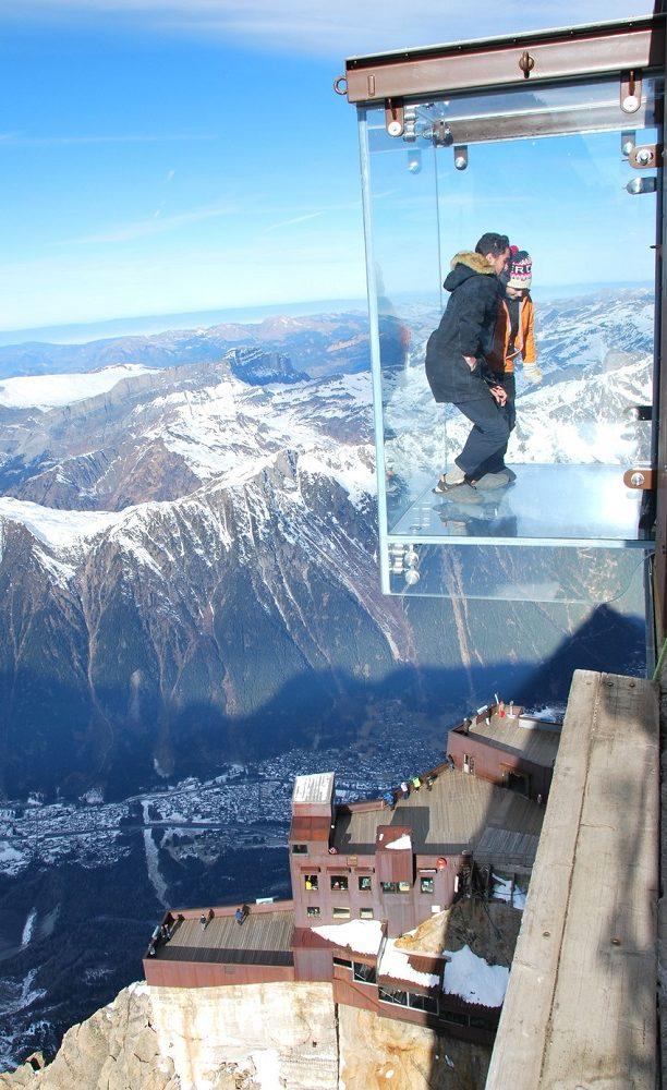 Hiver à Chamonix Mont Blanc - le pas dans le vide