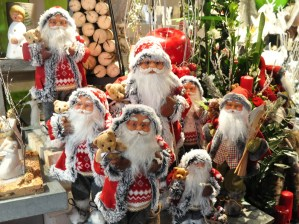 Le marché de Noël médiéval de Ribeauvillé - Pères Noël