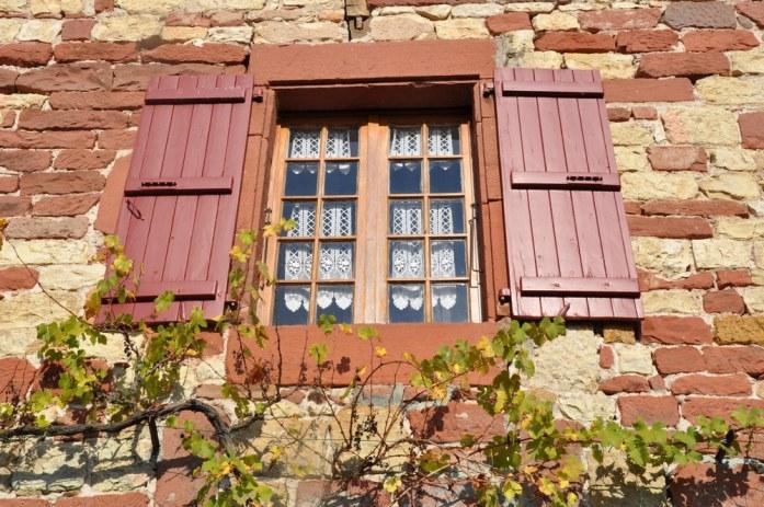 Collonges la Rouge - fenêtre
